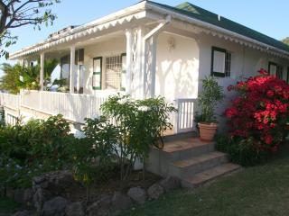 Round Hill Villa & Cottage Ridge Road Jones Estate