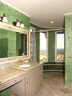 all bathrooms have unique color scheme