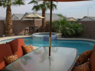 Private Oasis Home- Pool/Spa- 3 bedroom/2 bathroom