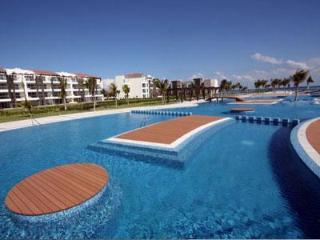 Ocean View Golf Course Luxury Condo - Buena Vida, Playa del Carmen