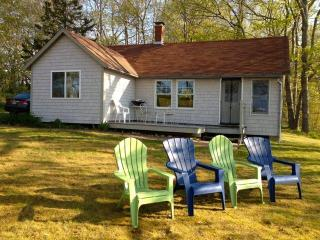 Maine. Lovely Cottage on Penobscot Bay