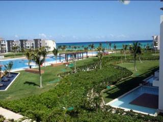 Ocean View Golf Course Luxury Condo - Buena Vida, Playa del Carmen