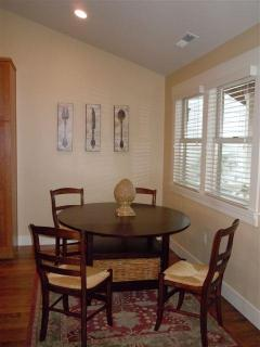 Dinning Room - Four Adults