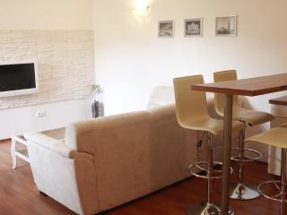 Apartment in Zagreb centre - Nova ves street
