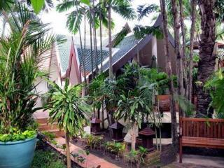 Jomtien Beach luxury vacation bungalows, Pattaya