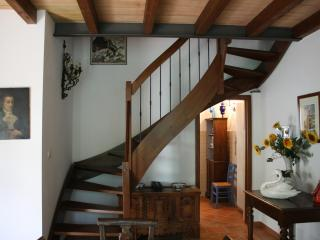 A romantic Bibilovedhouse in the countryside near Parma