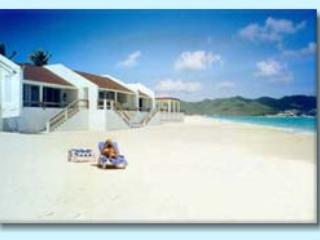 BEACHSIDE VILLAS...secluded Beachfront hideaway... perfect get-away!, Saint-Martin