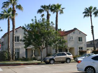 Streetview. 3 bedroom townhome vacation rental steps to beach, shops and restaurants