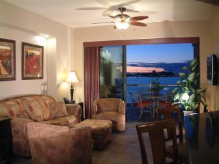 Las Palomas Cristal 802 Luxury 1 Bed Oceanfront, Puerto Peñasco