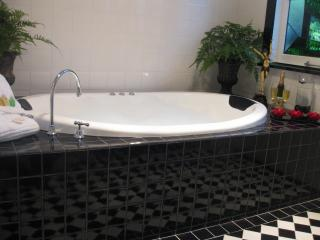 Double Spa-Bath with heated floor