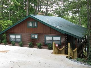 Cabin Fever on Lake Notely, Blairsville