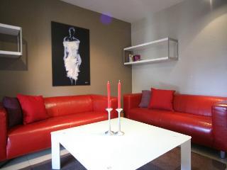 Apartment Rojo holiday vacation apartment rental spain, barcelona, holiday vacation apartment to let spain, barcelona, holiday vacation, Barcelona
