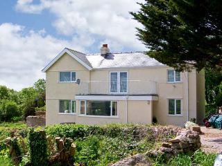 LLECHA, family friendly, country holiday cottage, with a garden in Colwyn Bay, R