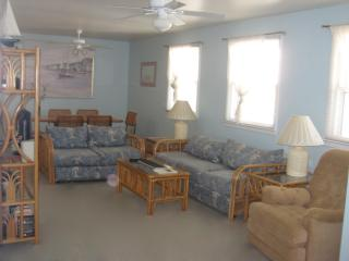 3 Bedroom Condo in Wildwood Crest, NJ (1st Floor)