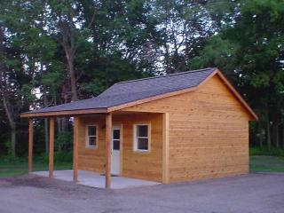 Deeg's Outdoor Adventure Cabins - The Pheasant