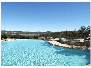 Great Hill Country Condo with Resort Style Pool and Amenities