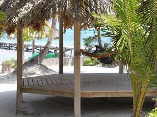 Deluxe 1 Bedroom Ambergris Caye Belize Condominium, San Pedro