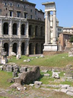 Teatro Marcello, 8 minutes walk from B&B La Casa del Conte