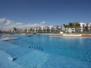 Nick Price Golf Course Beachside Condo – Cielo, Playa del Carmen