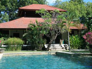 Villa Bukit Kaja Kauh, villa with private pool, Pemuteran
