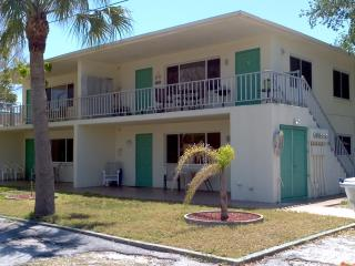 Belleair Rocks Apartments, Indian Rocks Beach