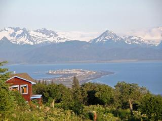 A Memorable Experience  VIEW Vacation Rental House, Homer
