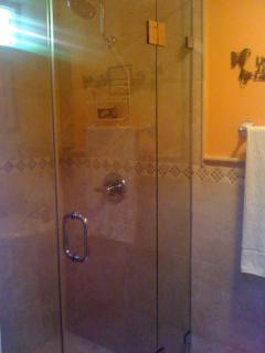 2nd bathroom shower
