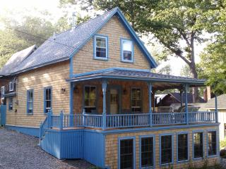 Shearwater Cottage, Northport Maine (in Bayside)