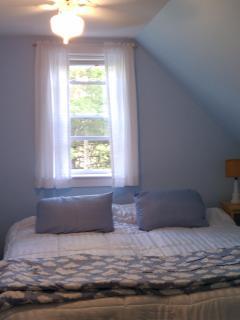 Bedroom #1 - 1st Master Bedroom