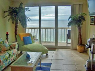 Calypso Beach Front- Pier Park  2/2 + bunks, Panama City Beach