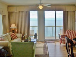 Awesome VIews - Spacious  3/3  - Walk to Pier Park, Panama City Beach