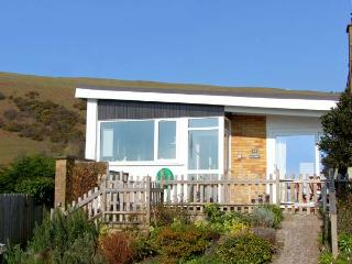 BAY VIEW , family friendly, luxury holiday cottage, with a garden in Aberdovey,
