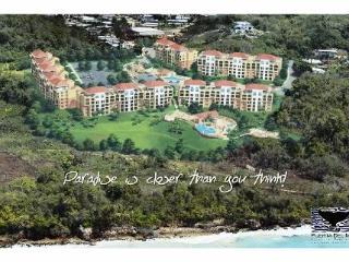 Luxury Vacation Condo - Crashboat Beach