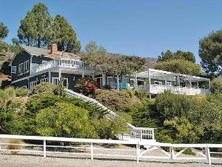 Splendid Malibu Sanctuary. Best Ocean Views!