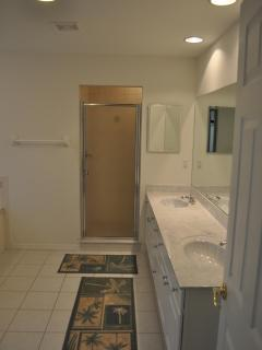 Master Bathroom (double sinks, large garden tub, separate shower and toilet room