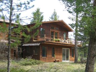Salish Foothills Lakeside Retreat, Whitefish