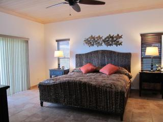 Spacious Rooms, King Beds, Full Private Bathrooms