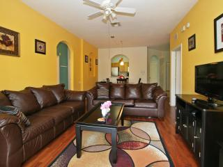 Luxury Condo in Orlando near Disney- Windsor Hills, Kissimmee