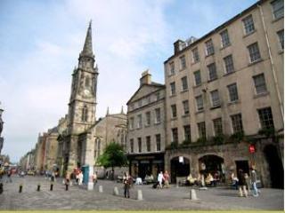Ultra Central Apartment! Royal Mile, Sleeps 2-4, Edinburgh
