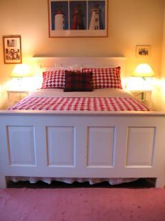 Cardinal Master Bedroom
