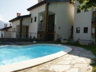 Lake Como -North Detached House , Pool 8-9 persons, Montemezzo
