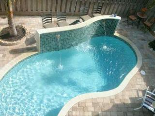 4 BDRM-4.5 BATH-LUXURY TWNHSE-CLOSE TO BEACH-POOL, Lauderdale by the Sea