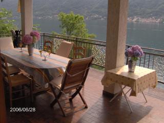 Lago ComoVilla privato, Lakefront, Dock, parcheggio !!!, Nesso
