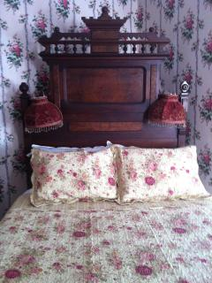 Rose Bedroom - 1