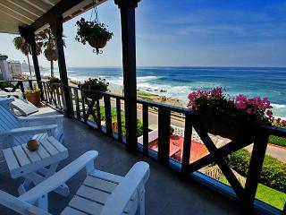 Stay on the sand at Windansea Beach - spectacular panoramic ocean views, La Jolla