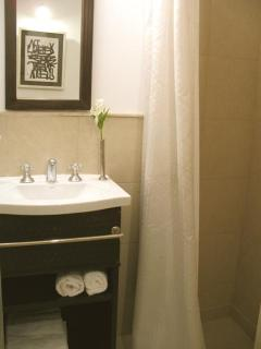 2nd. Bathroom with shower + amenities