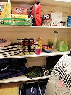 Haliikai Rental Cupboard with Guest Amenities