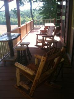 Back Porch w rocking chairs & picnic table over looking Nottley River & eleven mountain peaks
