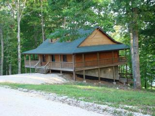 Current River Cabin in Van Buren, MO 4 bedroom