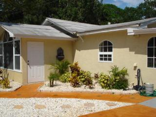 Paradise Cove 2 Bedroom on Lemon Bay, Englewood